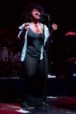 Jessica Childress (w/ Allen Stone) at Chinook Fest Summit (Photo: Mocha Charlie)