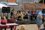 Nick Foster Band at Chinook Fest Summit (Photo: Mocha Charlie)