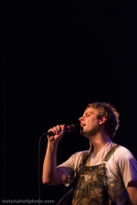 Mac DeMarco at The Moore Theater (Photo: Victoria Holt)