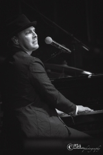 Gavin DeGraw @ Safeco Field 5-20-16 (Photo By: Mocha Charlie)
