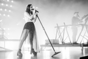 09292018_chvrches_stephaniedore_35