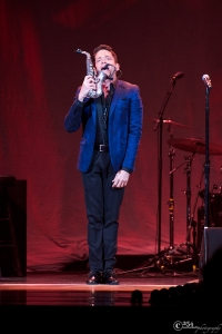 Dave Koz @ Key Arena (Photo by Mocha Charlie)