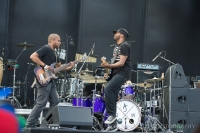 Ayron Jones and the Way perform at Sasquatch! Photo by John Lill