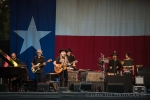 Willie Nelson performs at Marymoor Park (Photo: John Lill)