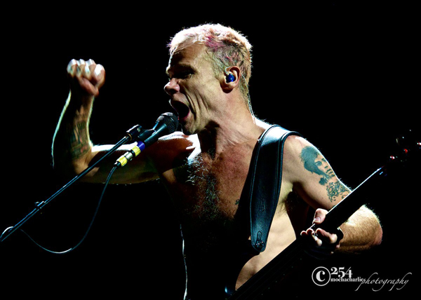 Red Hot Chili Peppers @ Key Arena on 11/15/12 (Photo By Mocha Charlie)