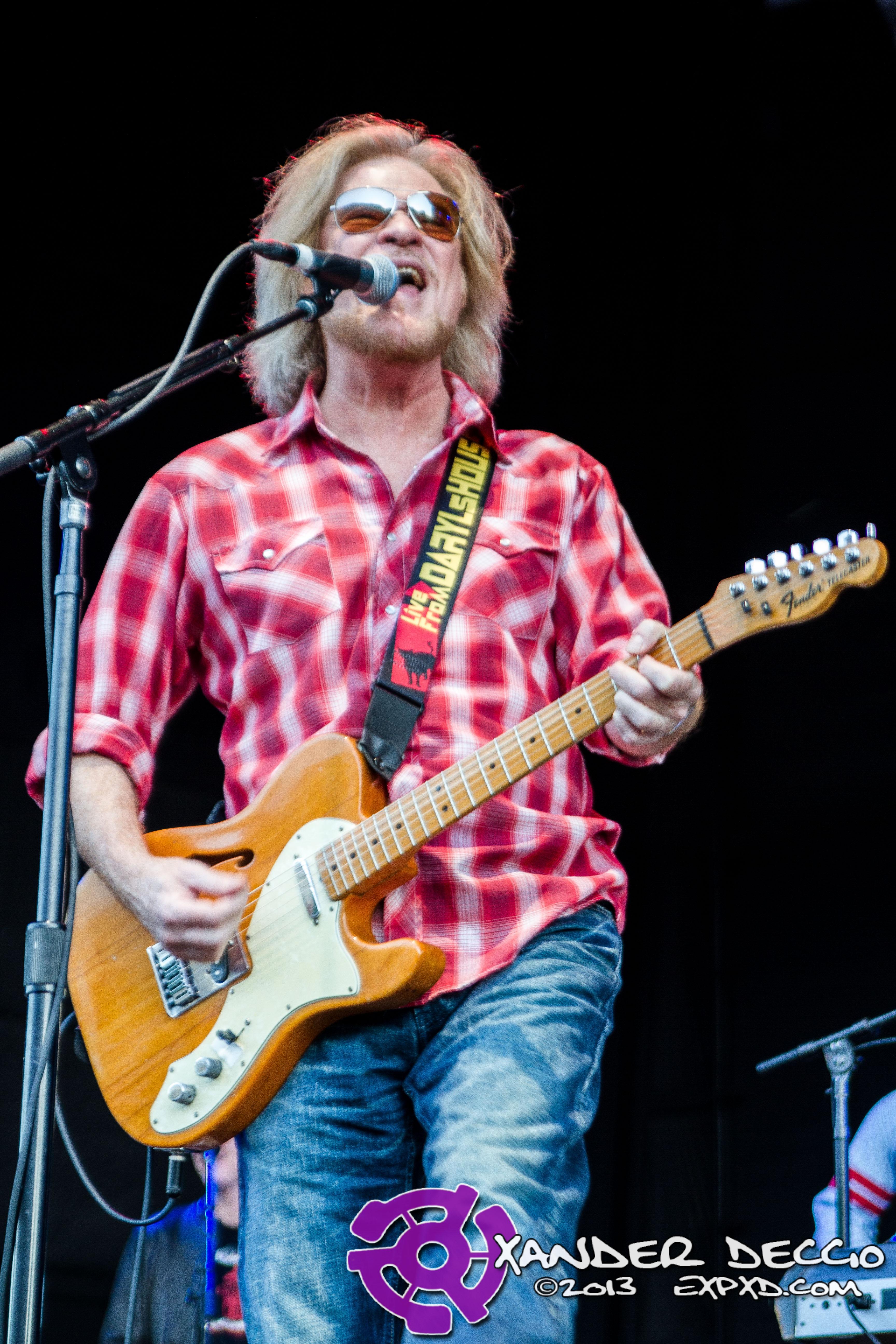 Darryl Hall & John Oates Live @ Maryhill Winery– 8/13/13 (Photo by Xander Deccio)