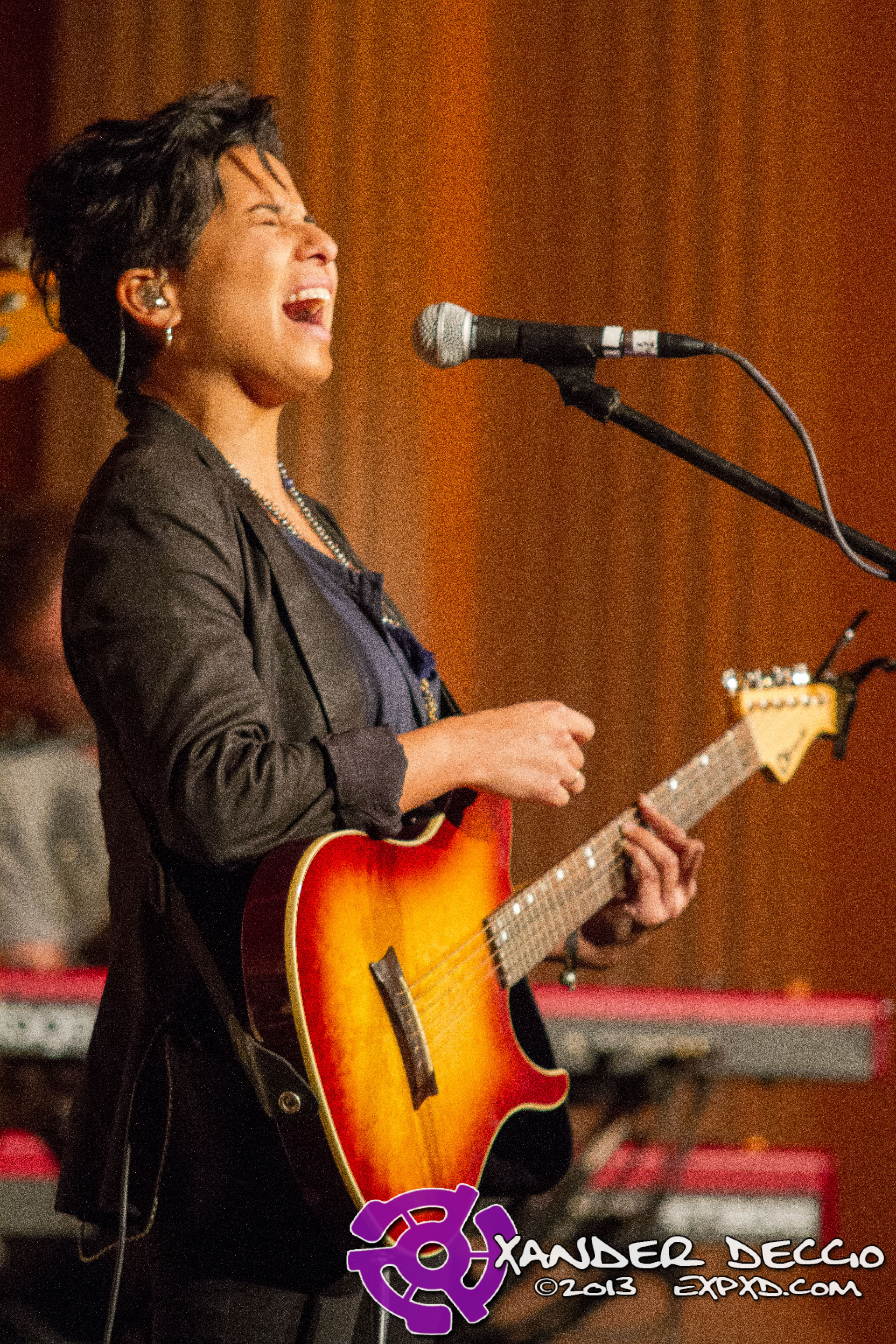 Vicci Martinez @ The Seasons Performance Hall (Photo By Xander Deccio)