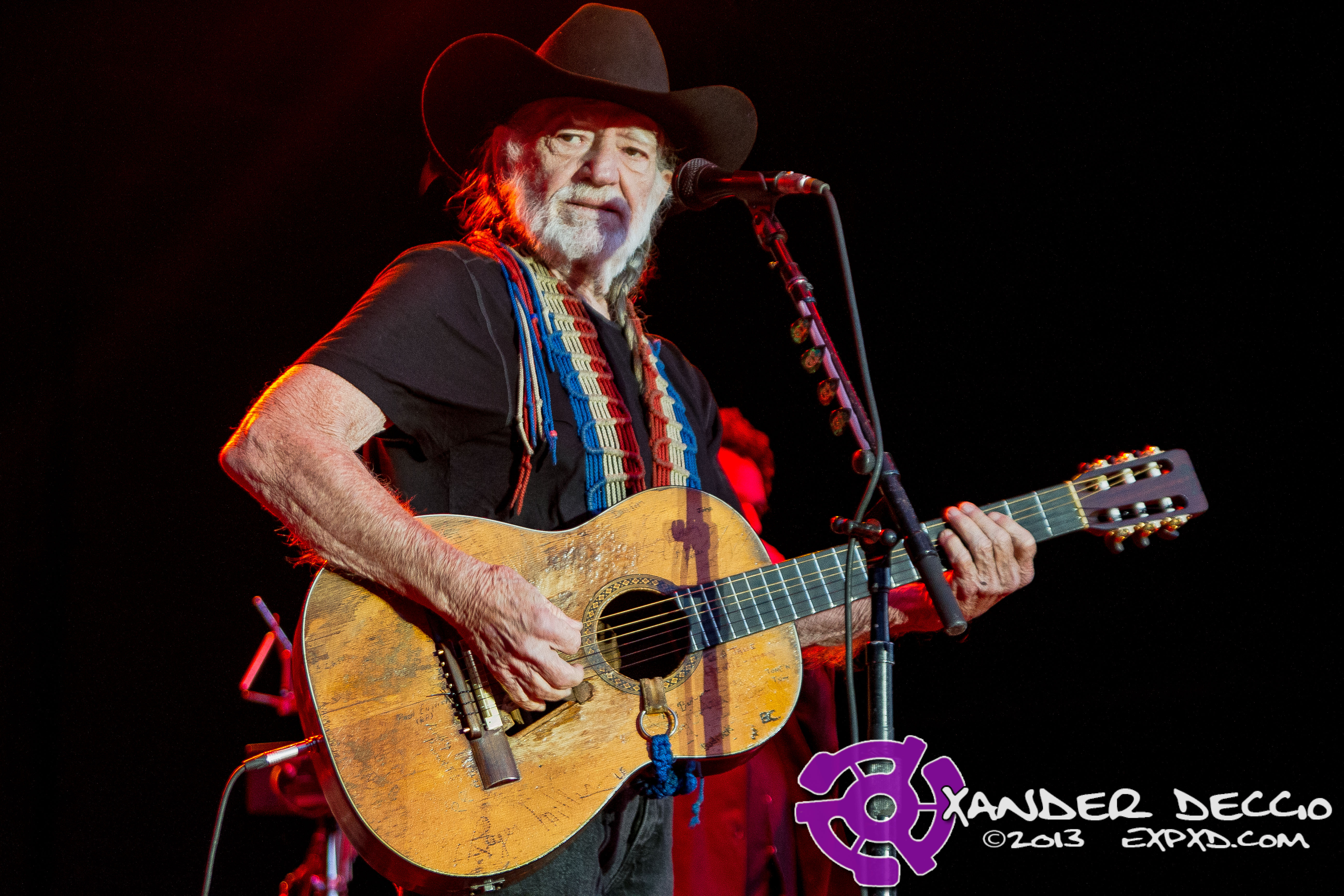 Willie Nelson @ Maryhill Winery (Photo by Xander Deccio)