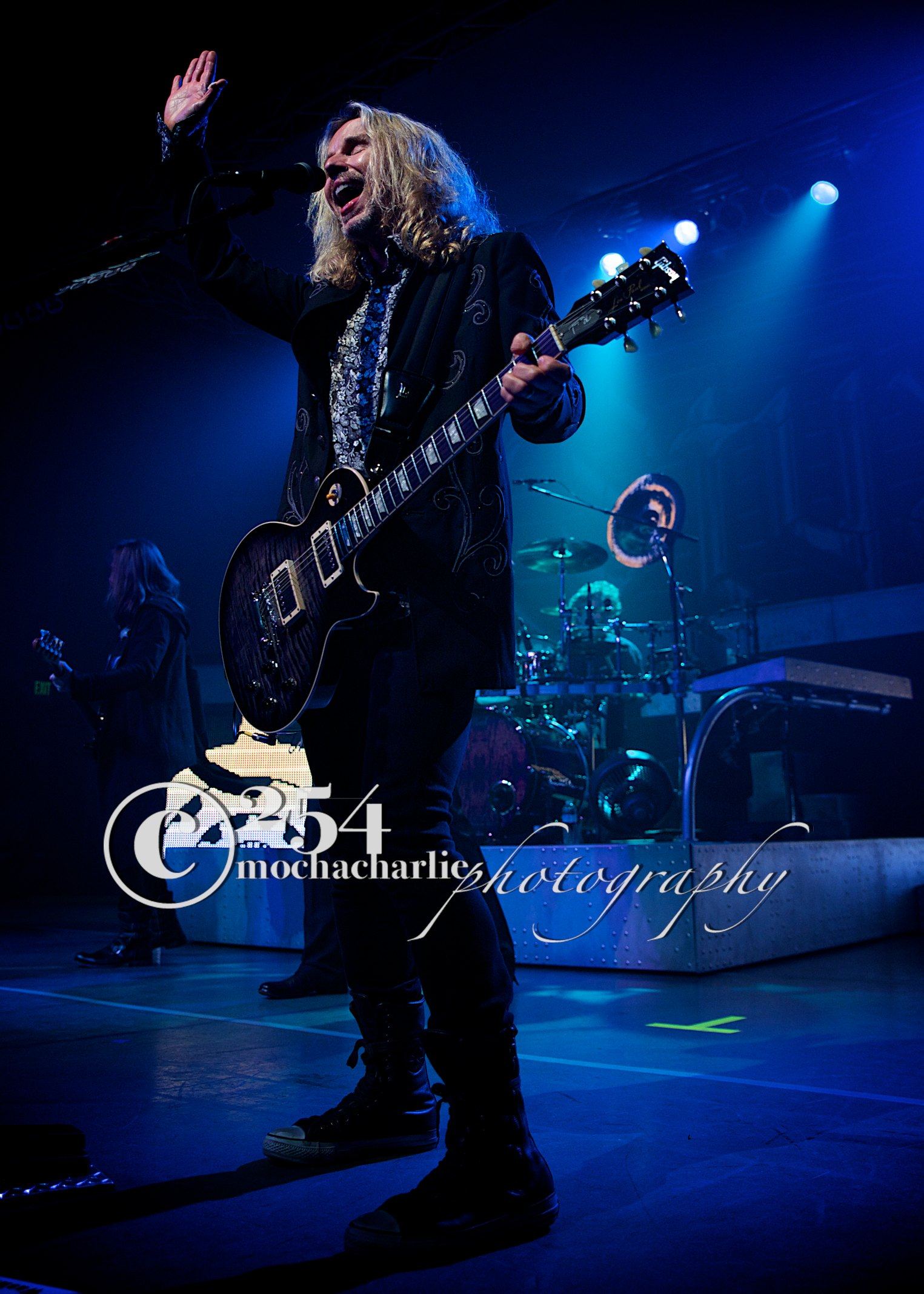 STYX live at The D & R in Aberdeen (Photo by Mocha Charlie)