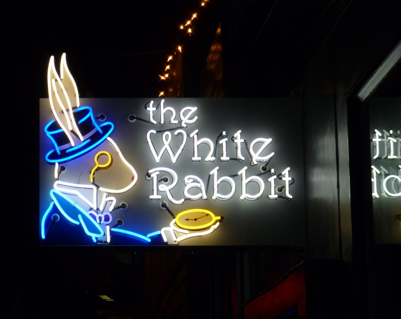 whiterabbit-20111212-182