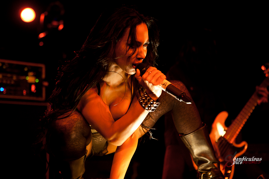 Butcher Babies Live at Showbox SoDo (Photo by Dan Rogers)