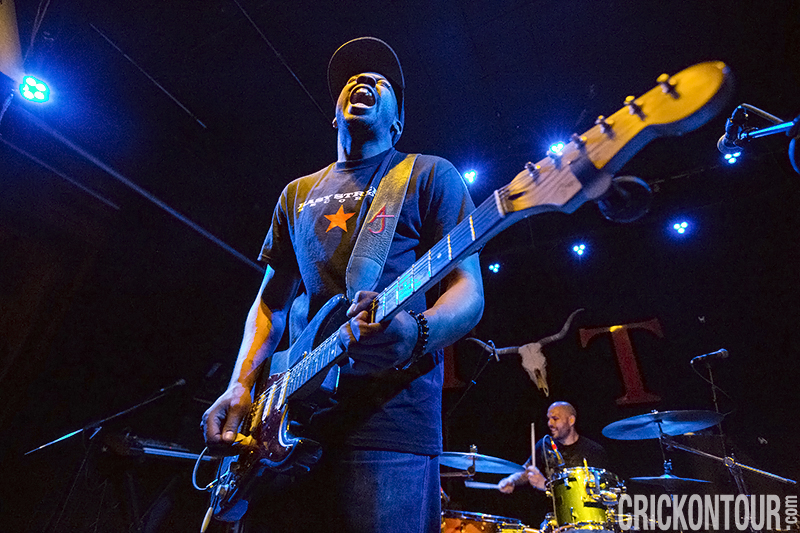Ayron Jones and The Way Live at the Tractor Tavern (Photo by Alex Crick)