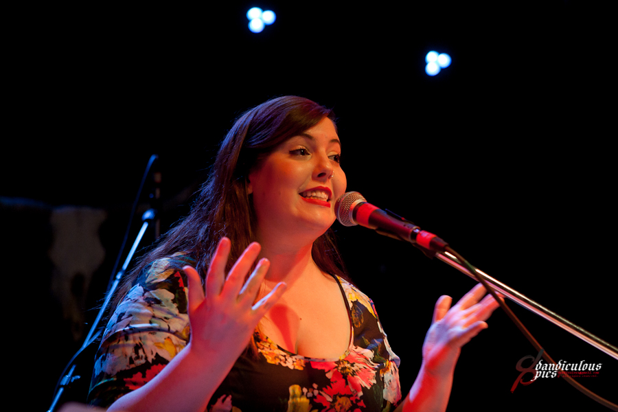 Oso Benefit: Mary Lambert Live at Tractor Tavern (Photo by Dan Rogers)