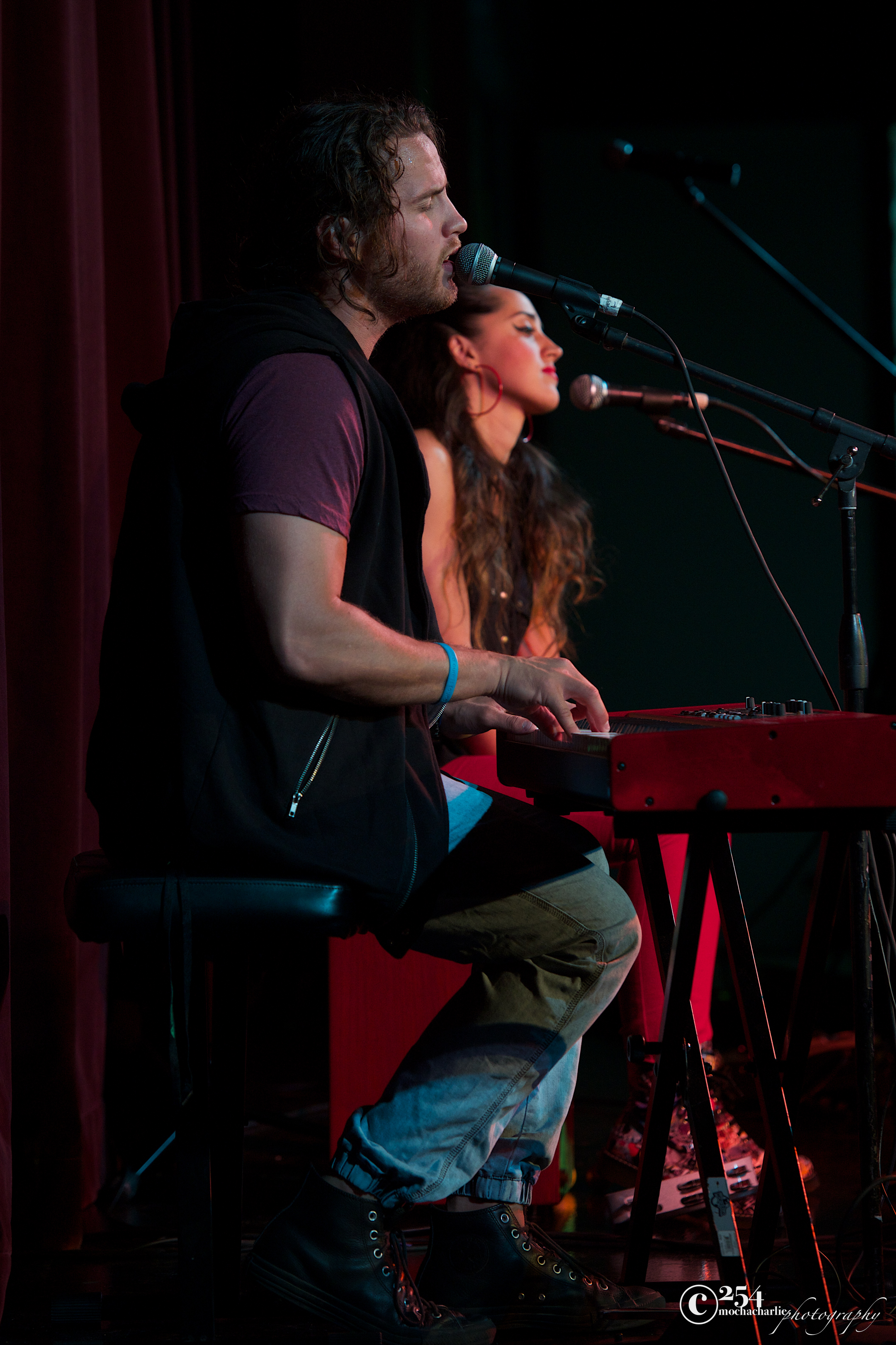 Carson and Tess Henly Live at Green River CC (Photo by Mocha Charlie)