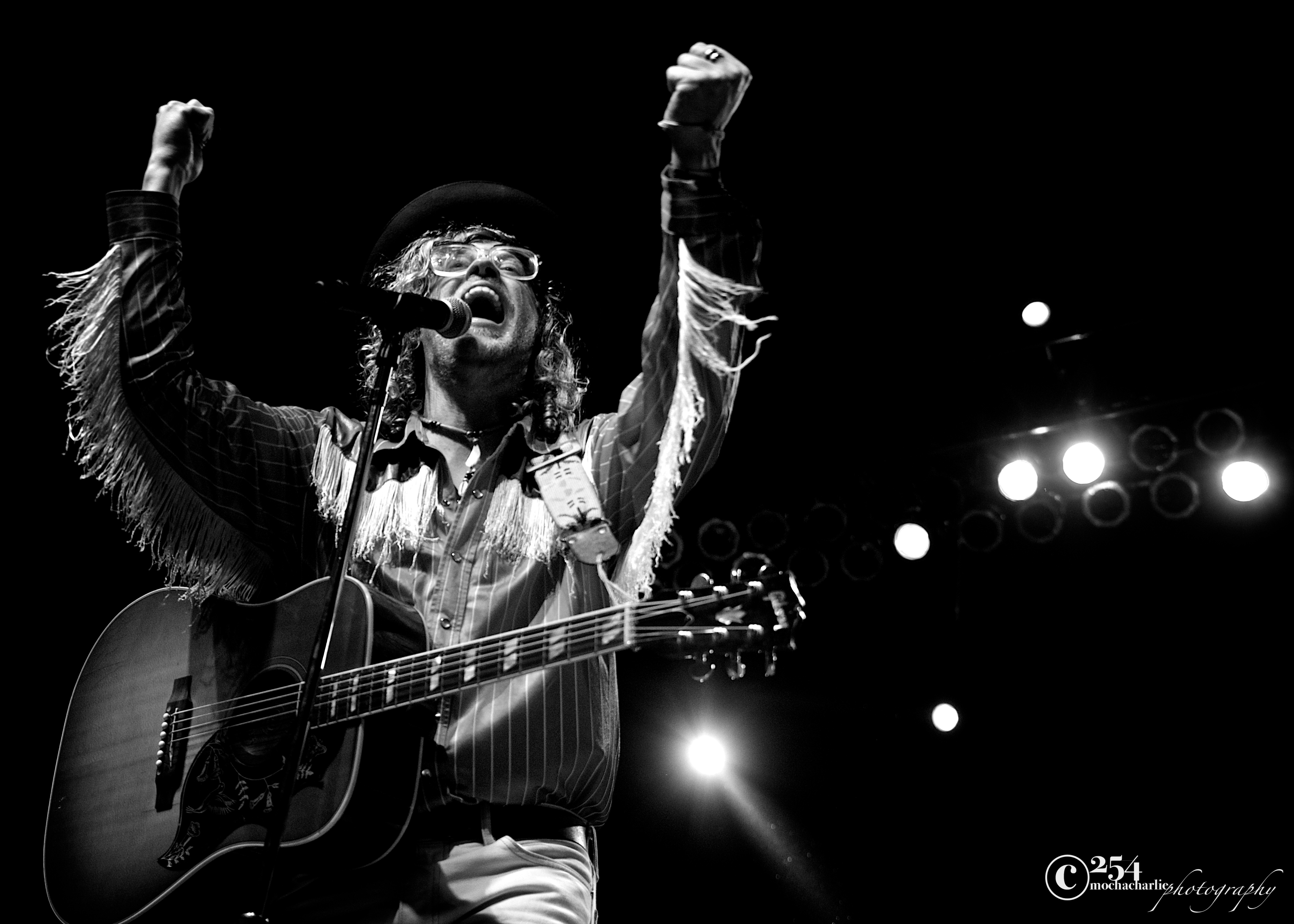 Allen Stone at Chateau Ste Michelle (Photo by Mocha Charlie)