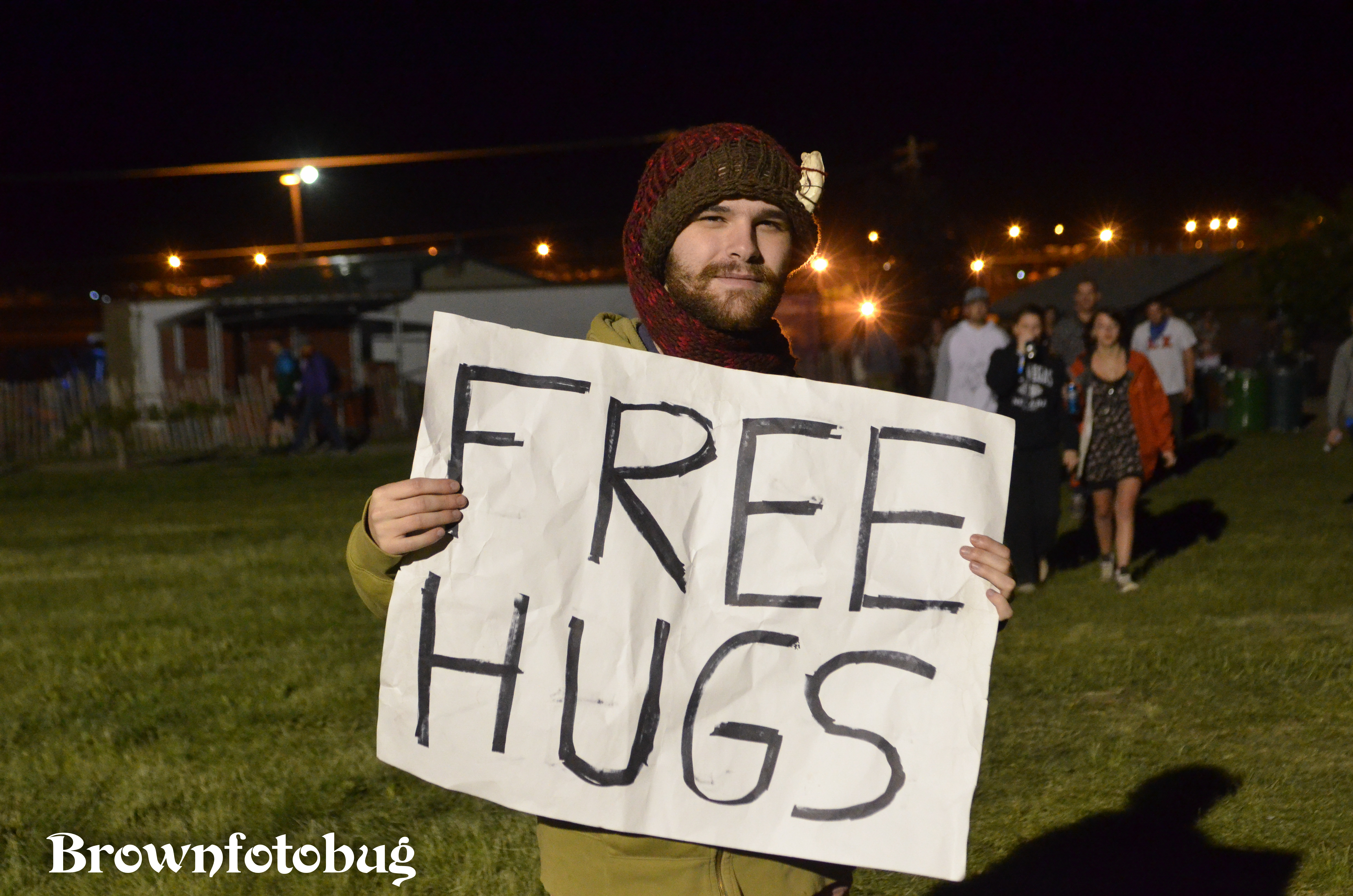Free Hugs at Sasquatch! Festival Day 2 (Photo by Arlene Brown)