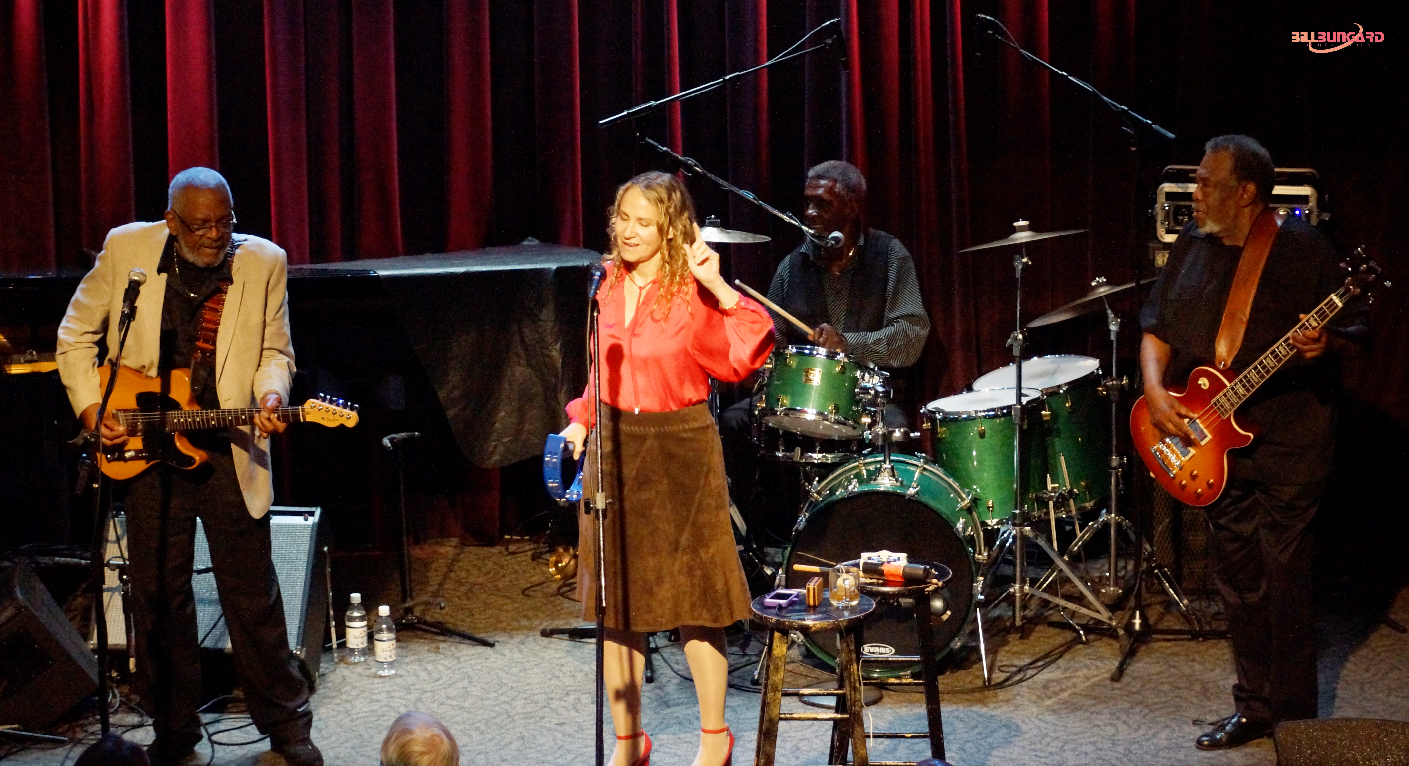 Joan Osborne and Holmes Brothers at Jazz Alley (Photo by Bill Bungard)