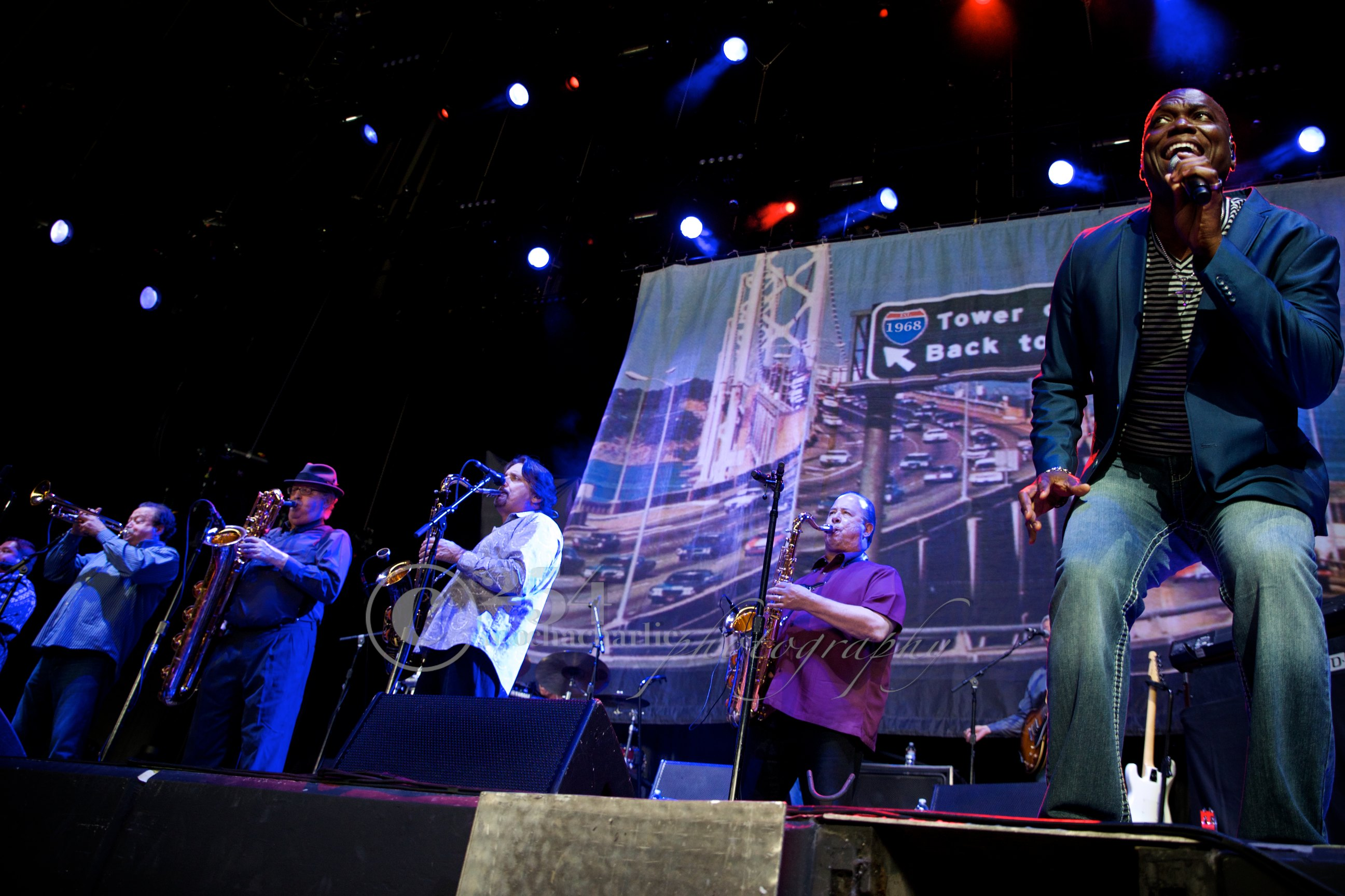 Tower of Power at White River Ampitheater (Photo by Mocha Charlie)