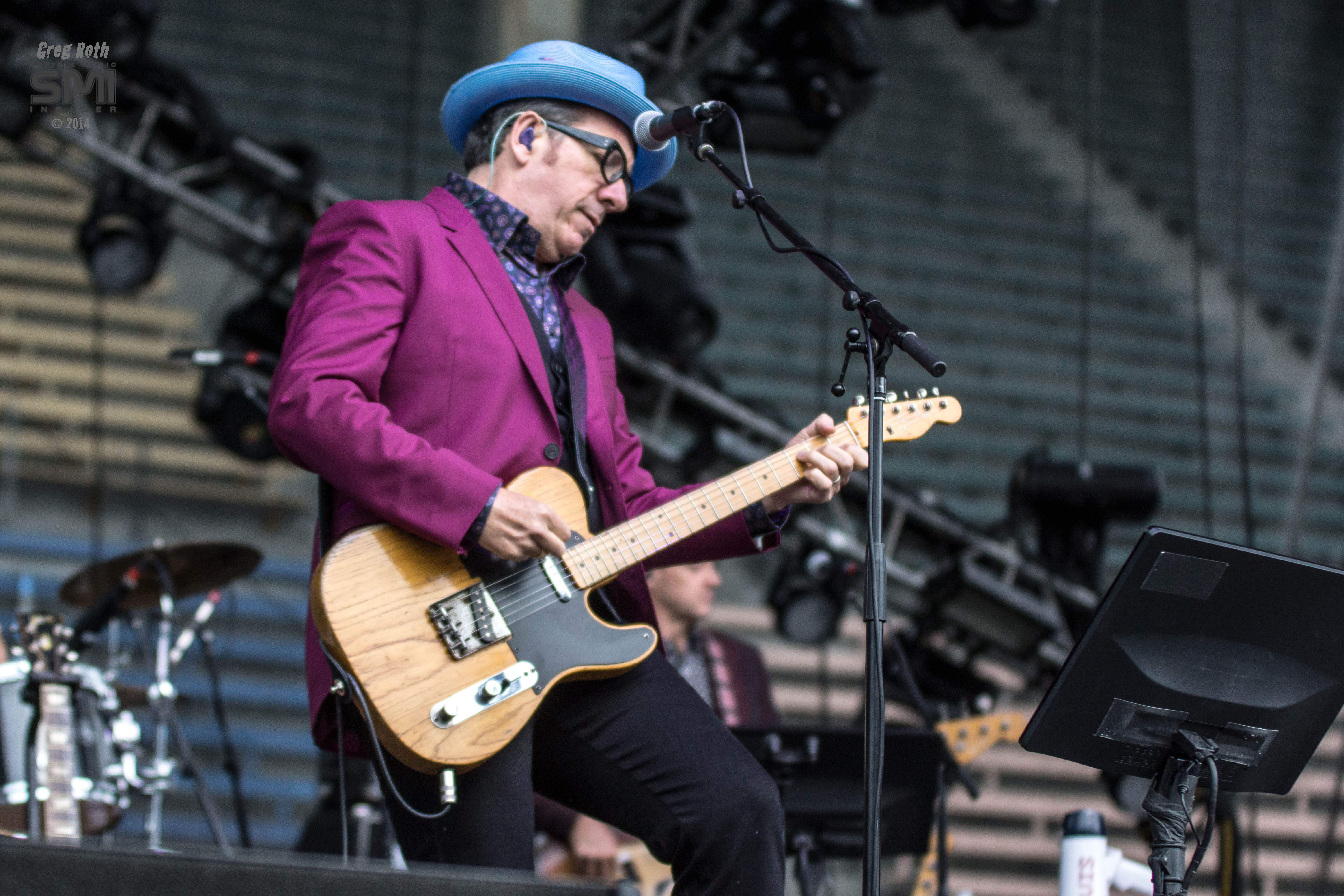 Elvis Costello Live @ Bumbershoot 2014 (Photo by Greg Roth)