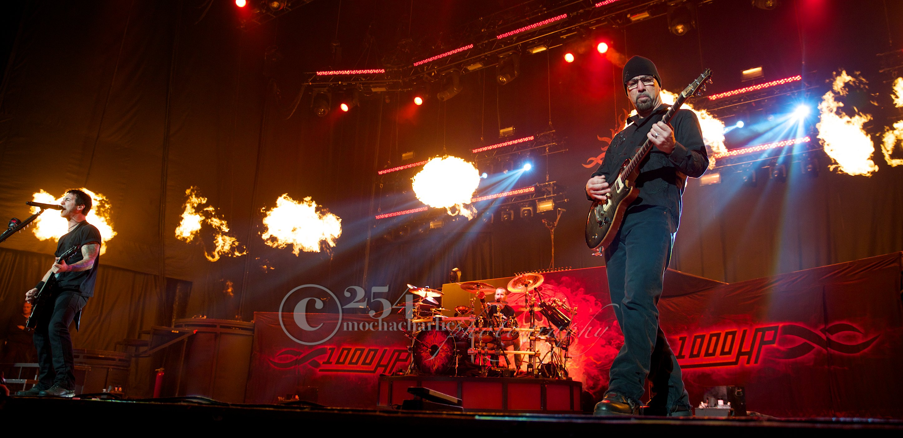 Godsmack at Uproar (Photo by Mocha Charlie)