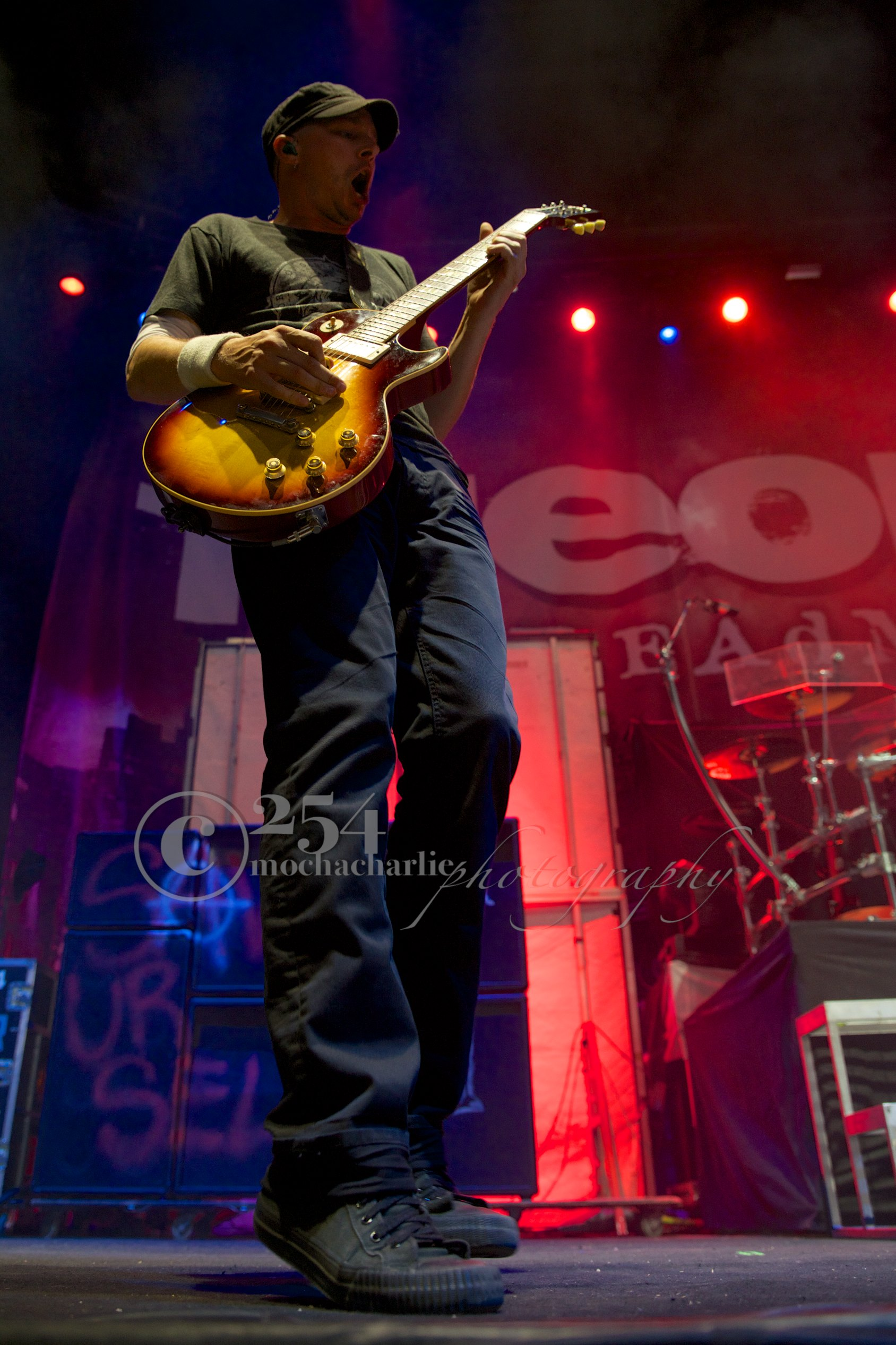 Theory of a Deadman at Uproar (Photo by Mocha Charlie)