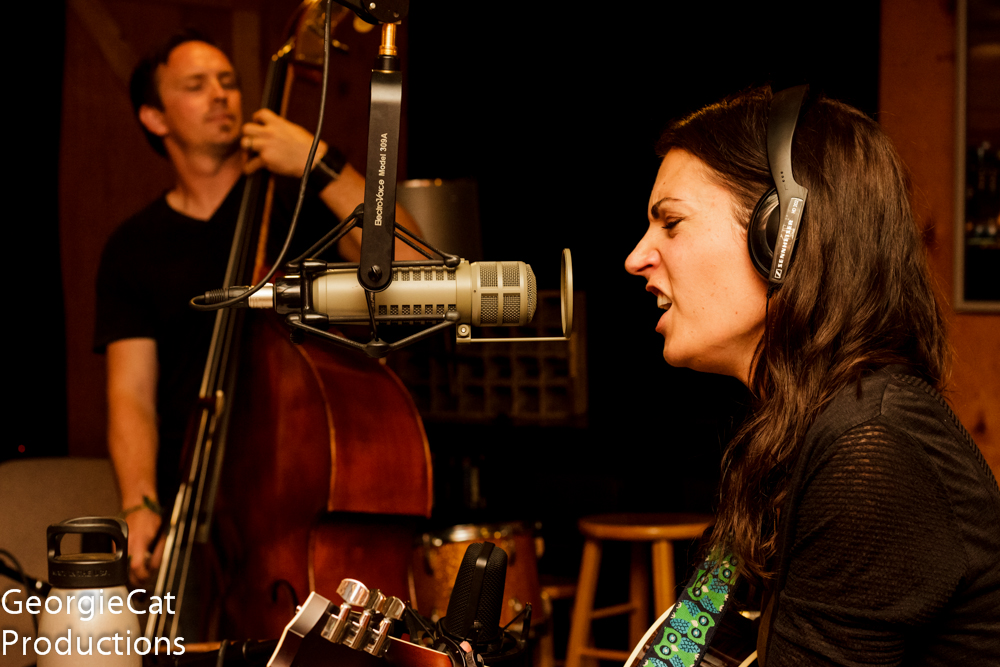 SMI Radio In Studio Session @ Critical Sun: Sarah Gerritsen (Photo by George Bentley)