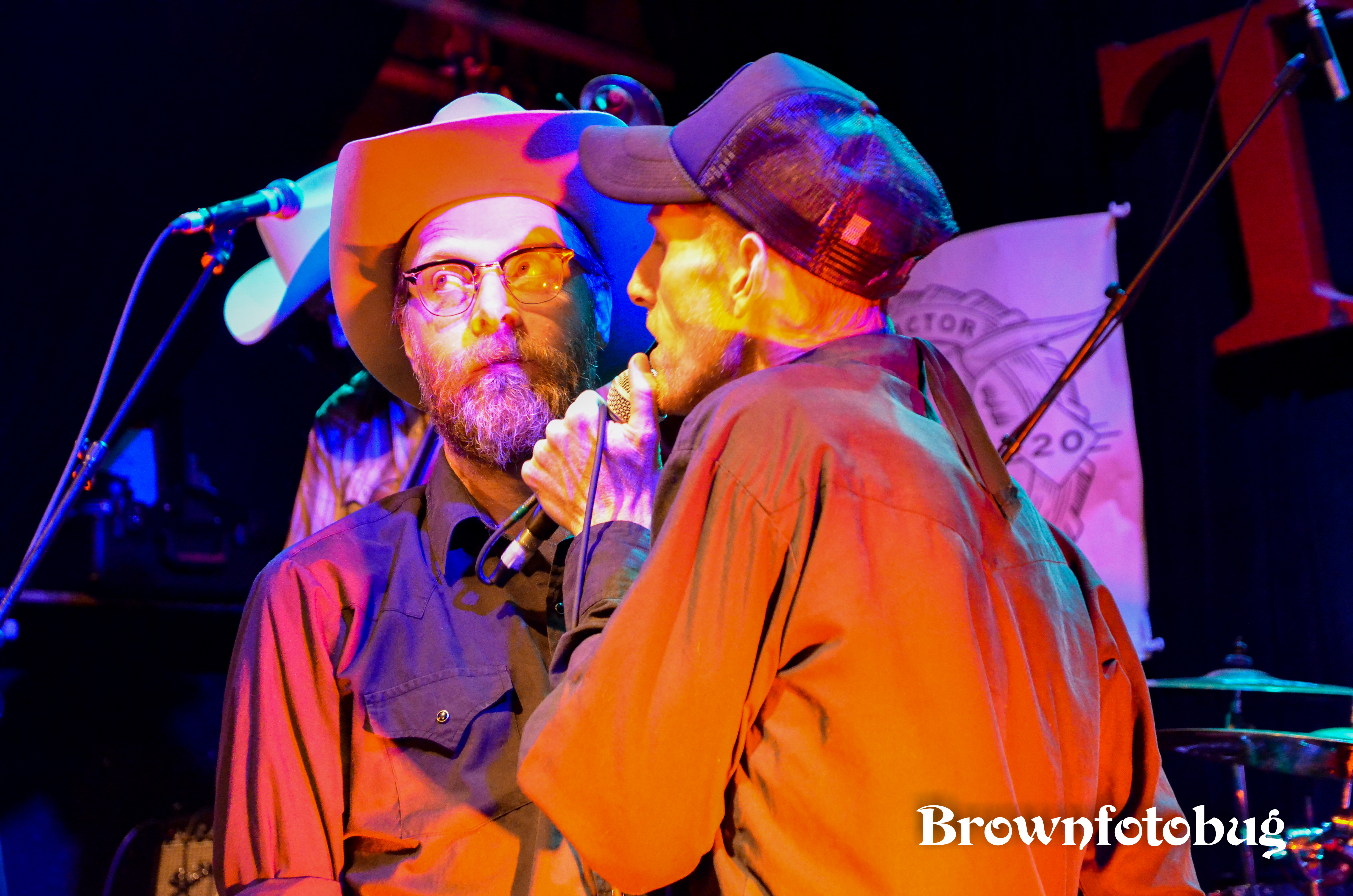 Slim Cessna's Auto Club at the Tractor Tavern (Photo by Arlene Brown)