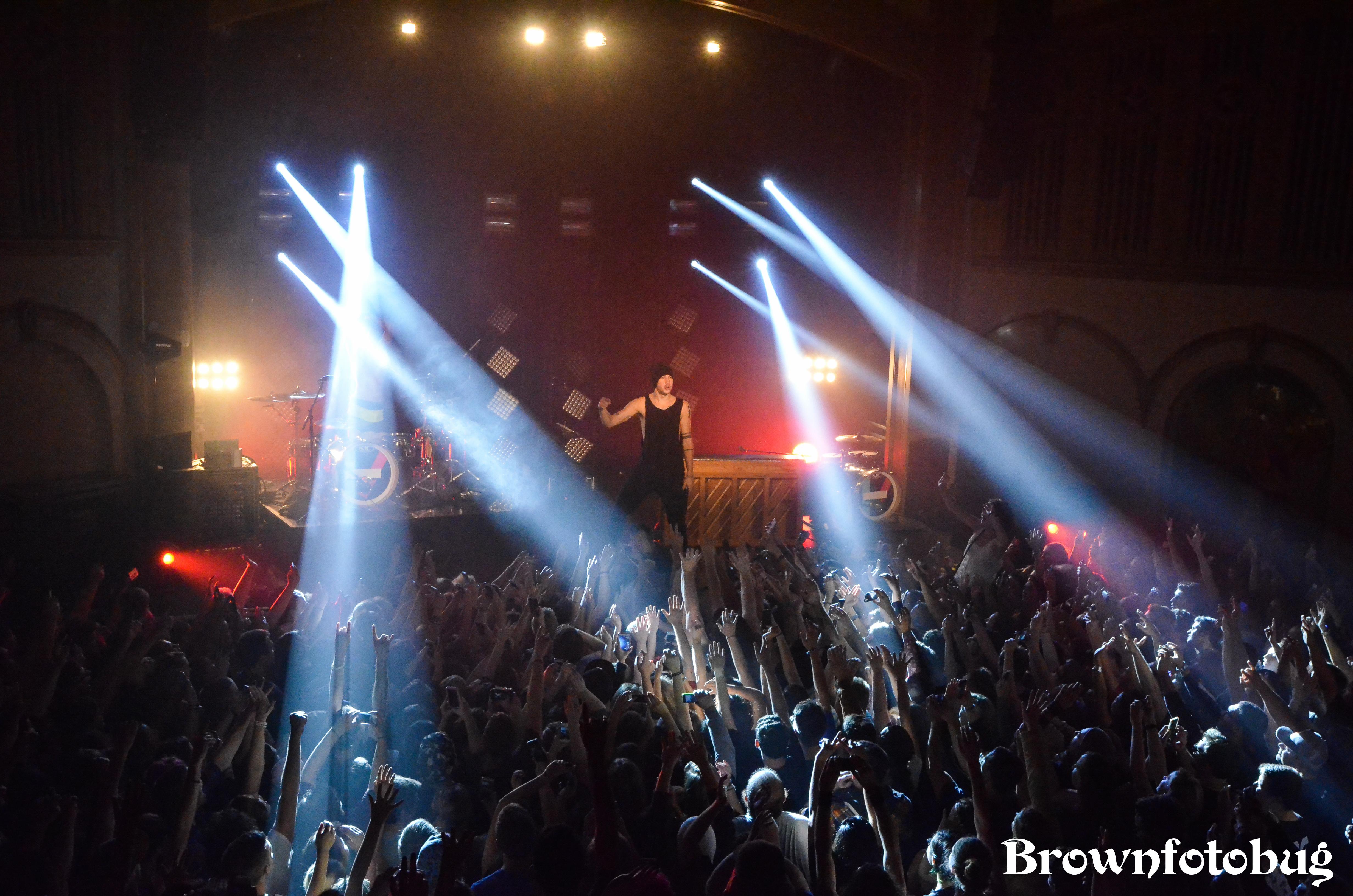 Twenty One Pilots Live at Neptune (Photo by Arlene Brown)