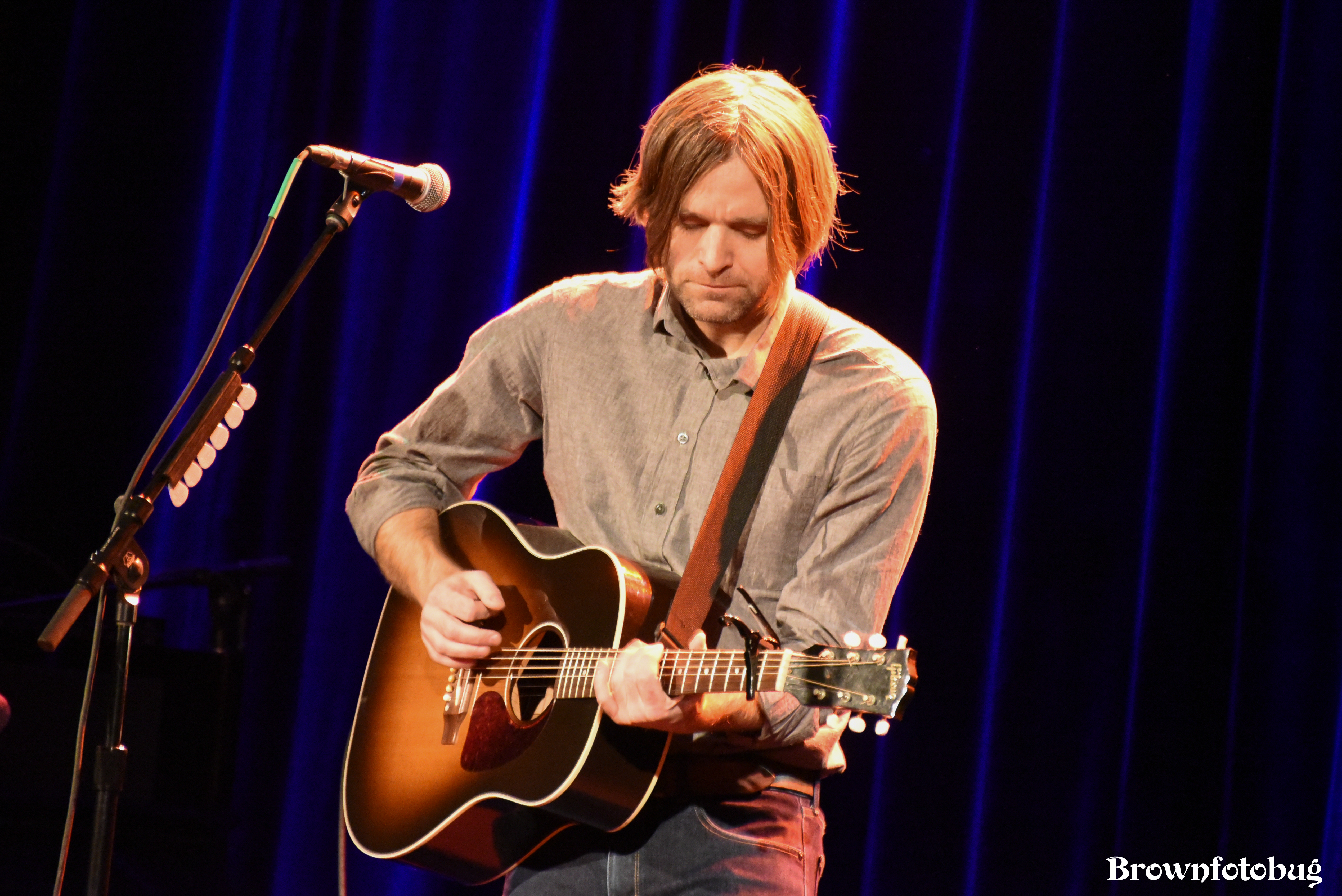 Ben Gibbard at Neptune Theater (Photo by Arlene Brown)