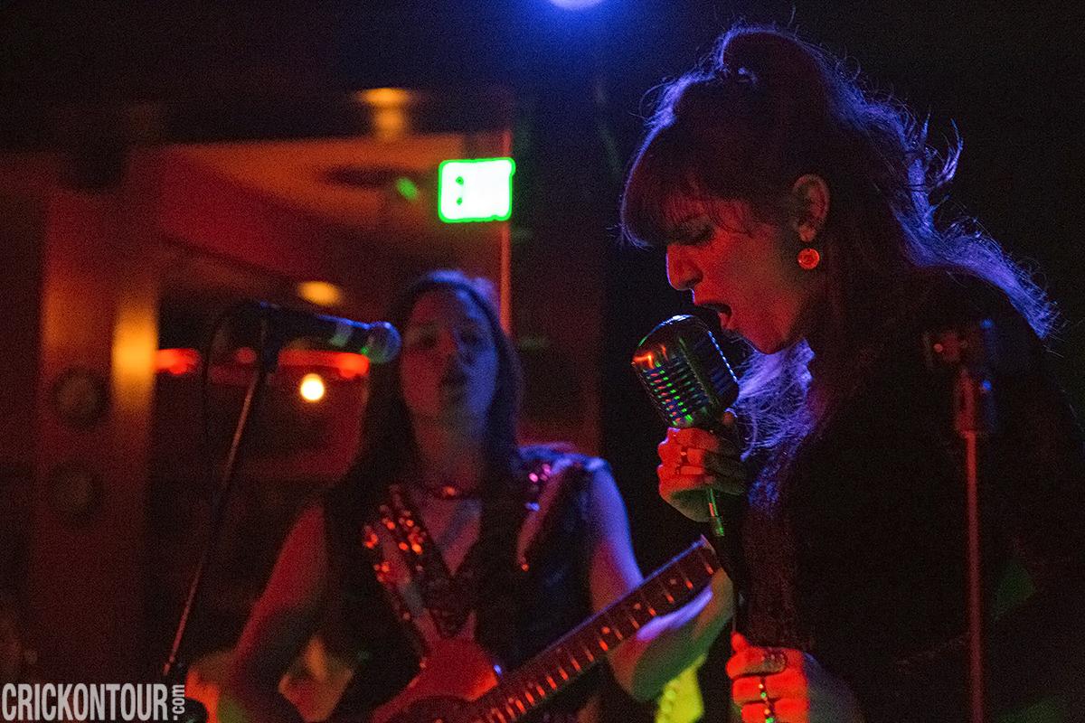 Thunderpussy @ Sunset Tavern (Photo by Alex Crick)