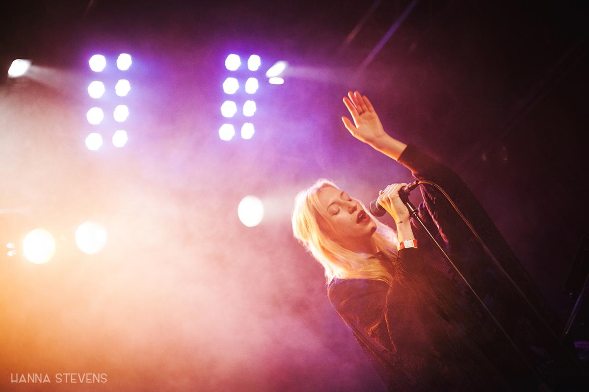 Maiah Manser at Neumos (Photo by Hanna Stevens)