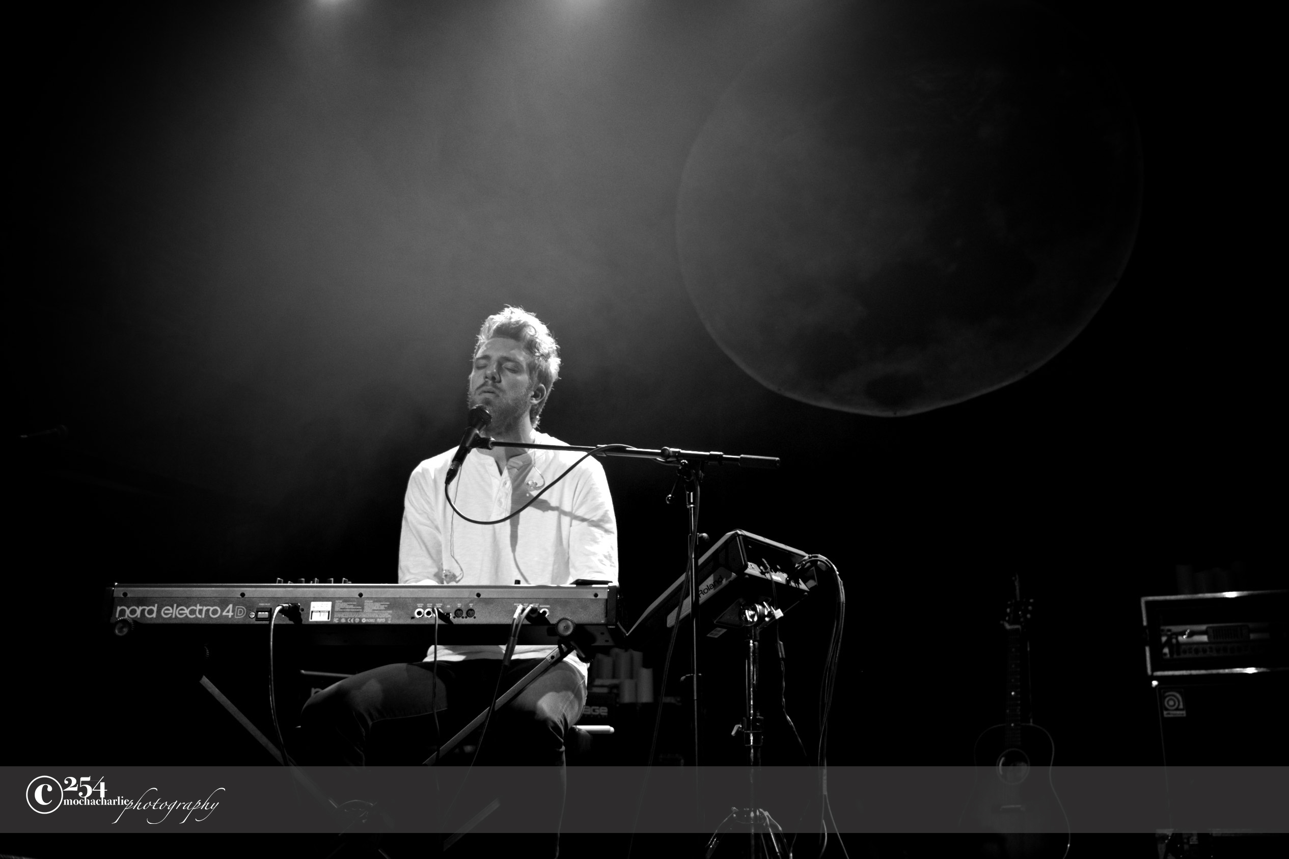 Andrew Belle at The Neptune Theatre (Photo by Mocha Charlie)