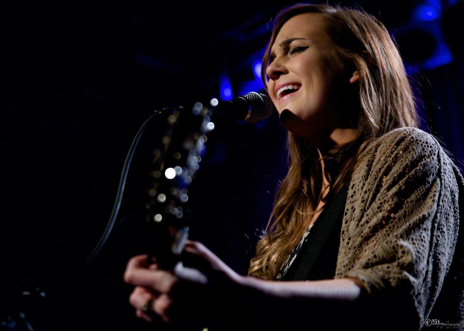 Emily Hearn at Neumos (Photo by Mocha Charlie)