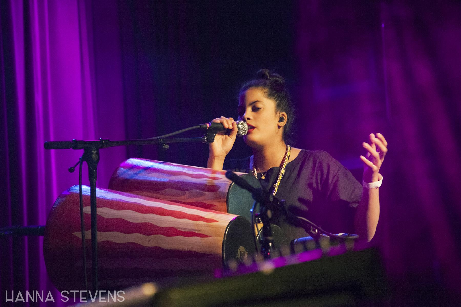Ibeyi performs at Neumos (Photo by Hanna Stevens)